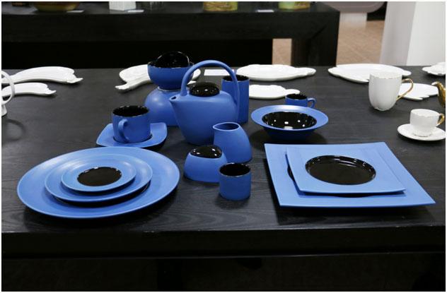 《蓝与黑系列》